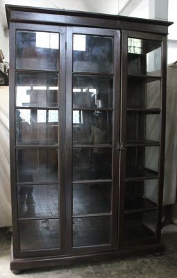 Bookcase with side glasses and 3 doors